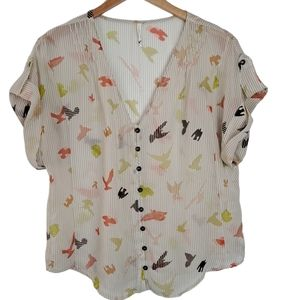 Willow and Clay Bird Print Blouse Size Medium